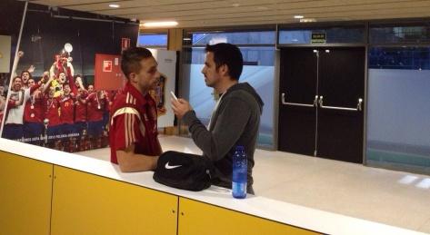 Francesc Garriga entrevistando a Gerard Deulofeu