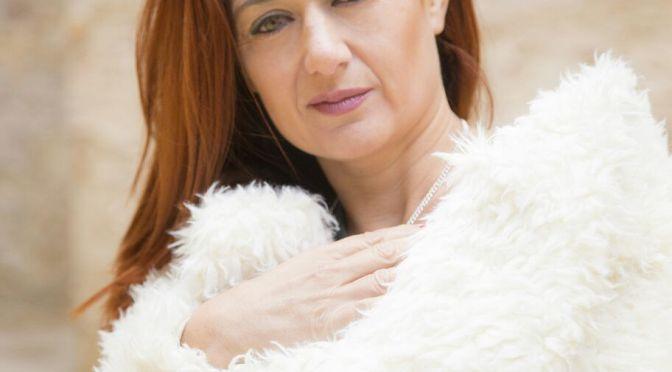 """Elisabeth G. Iborra: """"A los hombres les genera mucha inseguridad que una mujer se toque durante el polvo"""""""